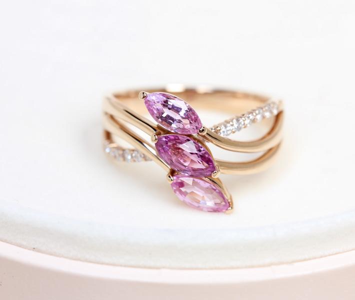 ジュエリー通販ジュエルプラネット 非加熱パープルサファイア リング 1.51ct/ダイヤモンド 0.18ct K18PG