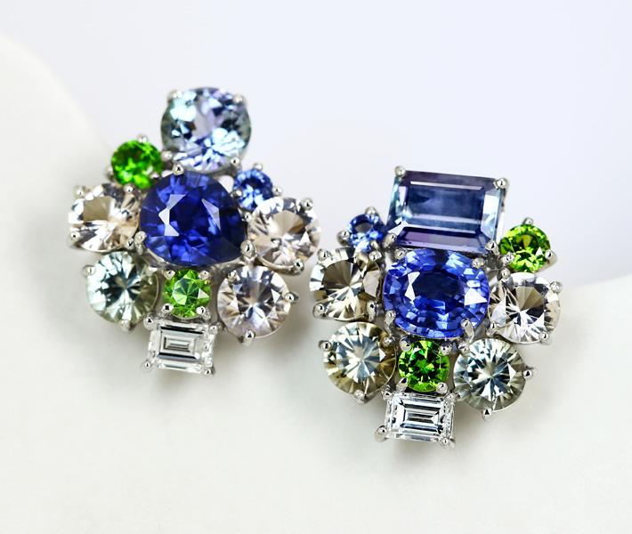 【HANDMADE】ブルーサファイア 1.14ct/1.09ct マルチストーンピアス ダイヤモンド 0.212ct G VS-1/0.211ct G VS-2 タンザナイト 0.788ct ベニアイト 0.071ct PT950