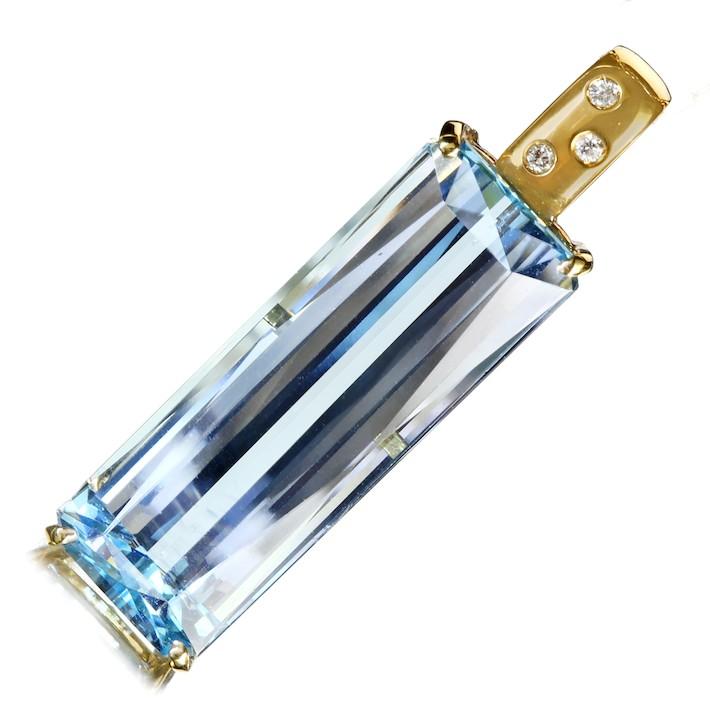 【販売代行】アクアマリン 19.35ct ペンダントトップ ダイヤモンド 0.03ct K18【返品不可】