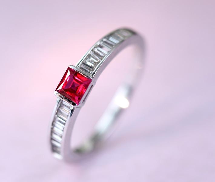 K18WG ルビー リング 0.24ct ダイヤモンド 0.18ct