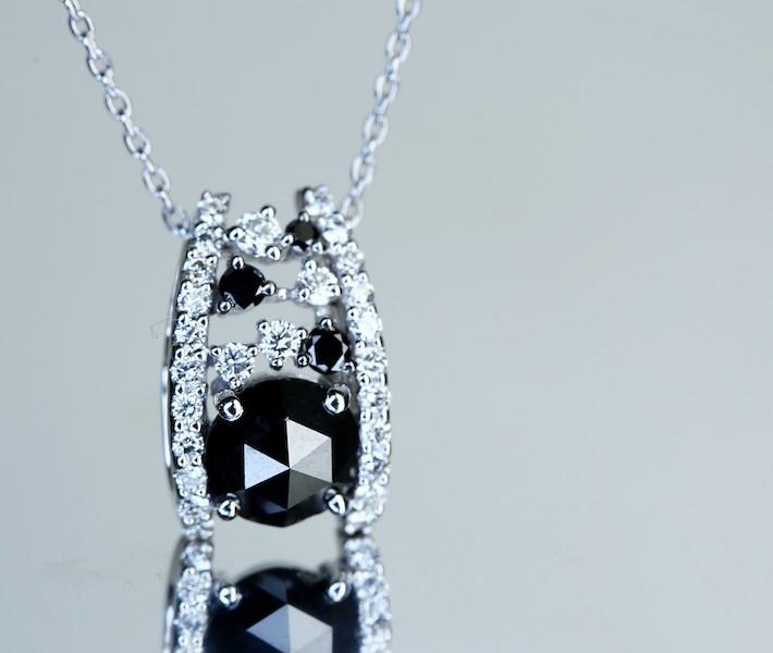 【上質!特別ご奉仕。1.43ct!!】K18WG ブラックダイヤモンド ペンダントトップ 大粒ローズカットダイヤモンド