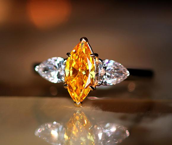 【ハンドメイド】PT950/K18PG 0.87ct FANCY VIVID YELLOW ORANGE SI1 ダイヤモンド リング 0.606ct ダイヤモンド ※GIA鑑定書付