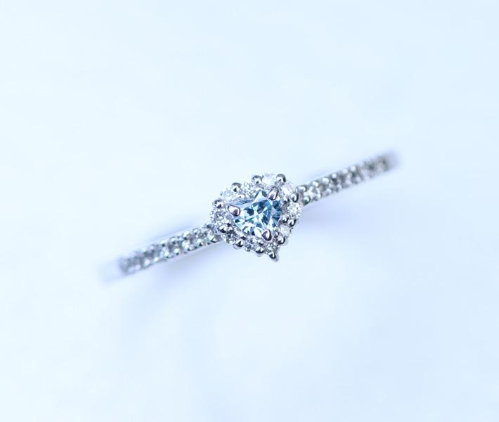 K10WG ブルーダイヤモンド トータル 0.16ct リング ハートシェイプ
