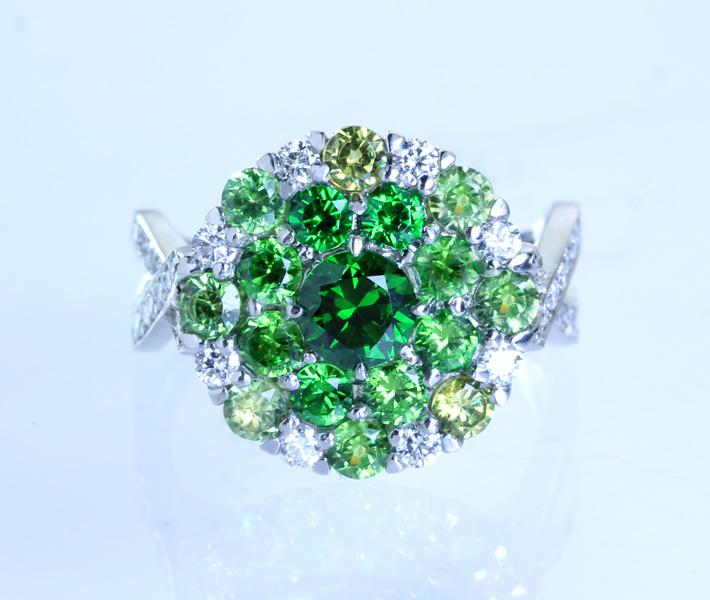 【HANDMADE】デマントイドガーネット 0.611ct/Total 1.60ct/ダイヤモンド 0.543ct リング PT900