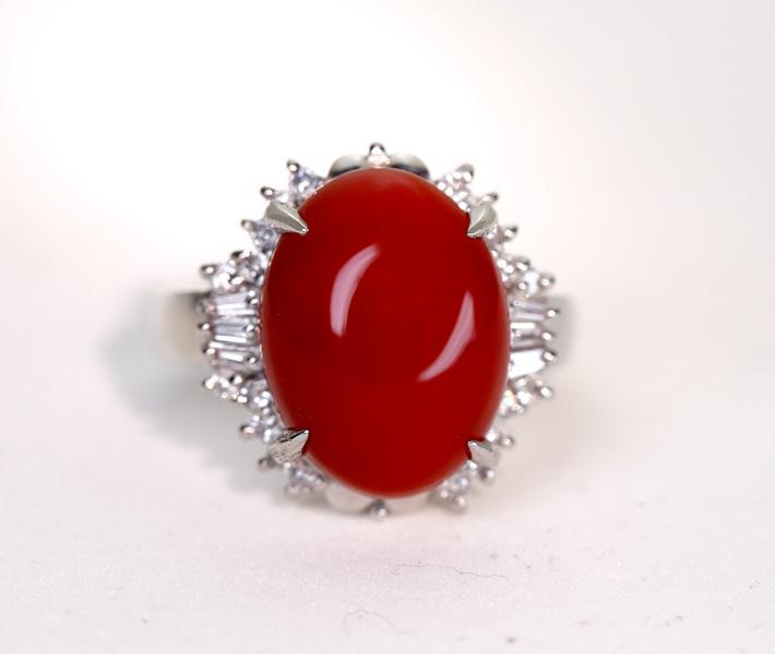 Pt900 赤珊瑚 2.5ct ダイヤモンド 0.28ct リング