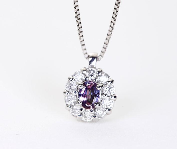 K18WG アレキサンドライト 0.10ct ダイヤモンド 0.16ct ネックレス