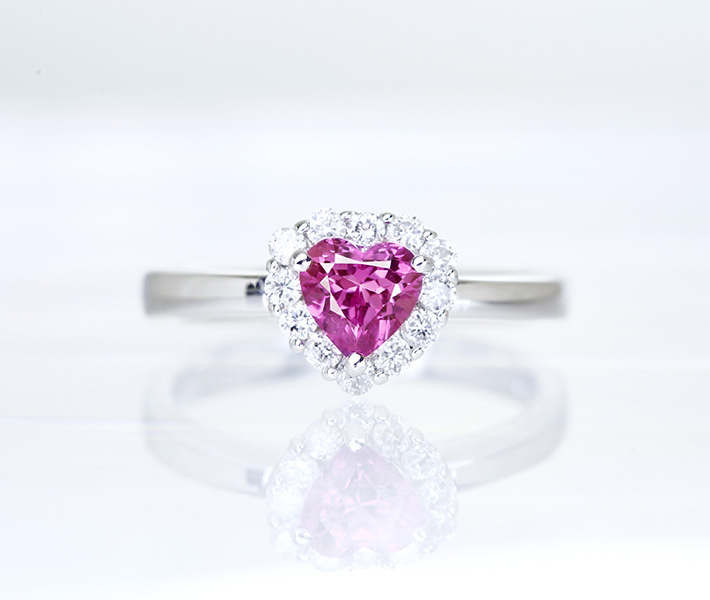K18WG ピンクサファイア 0.25ct リング ダイヤモンド 0.84ct ハートシェイプ